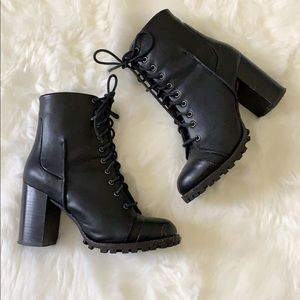 Report Black Leather Combat boots